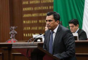 Diputado, Javier Estrada