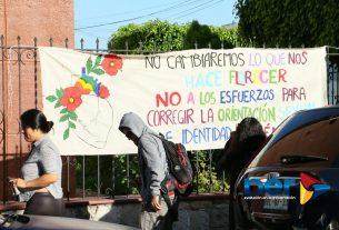 manifestacion contra mauricio clark